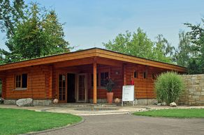 Brühl – Karlsbad – Suuri-Sauna im Saunagarten