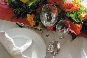 Festliche gedeckter Tisch