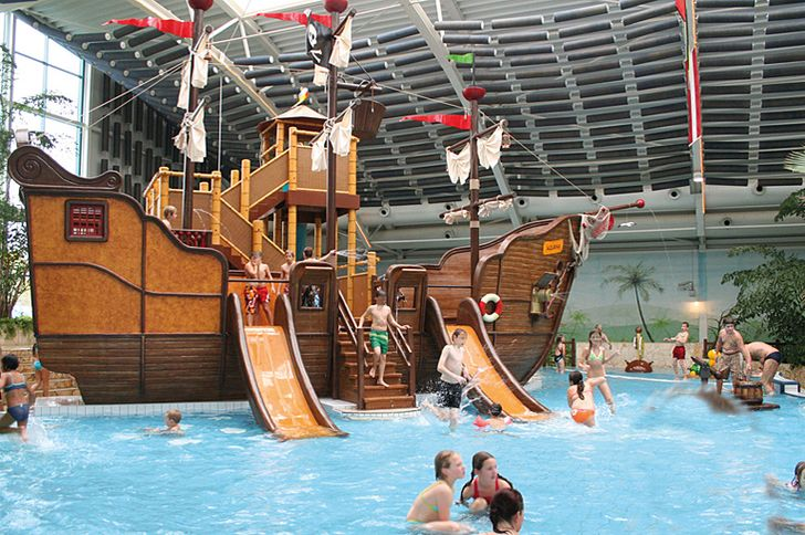 Würselen – Aquana – Piratenschiff im Kinderbecken © Aquanan