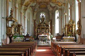 Kloster Springiersbach – Innenraum der 1769 neugebauten Kirche, die die baufällige alte romanische Kirche ersetzte