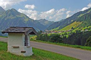 Kleinwalsertal - Blick auf Mittelberg