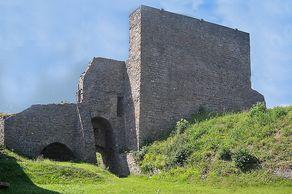 Virneburg – Innenhof der Burgruine