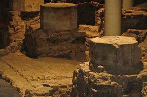 St. Kolumba in Köln – Säulenreste unter dem neuen Museumsbau