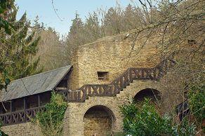 Bad Münstereifel – Stadtmauer an der Burg