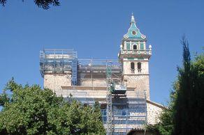 Mallorca – Valldemossa. Kirchturm des ehemaligen Kartäuserklosters