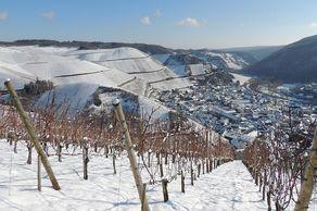Winter im Ahrtal – Blick vom Rotwein-Wanderweg