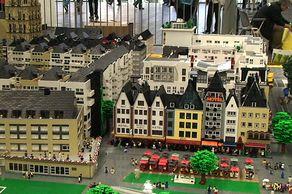 Lego-Fanwelt – Kölner Innenstadt aus Lego-Steinen