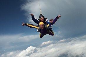 Tandemsprung auf der Dahlemer Binz © Foto Sky-Fun GbmH