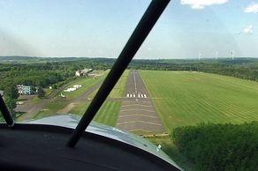 Dahlemer Binz – Anflug mit dem Sportflugzeug