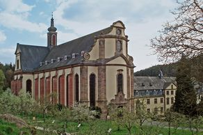 Kloster Himmerod im Salmtal – Kirche mit der bekannten Westfassade