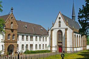 Abtei Mariawald bei Heimbach – Kirche und Klostergebäude