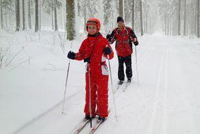 Sichtlich Spaß hatten diese zwei Besucher beim Wintersport im Nationalpark Eifel. Foto: M. Lammertz/Nationalparkverwaltung Eifel