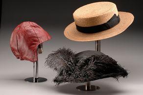 Hauptsache Hut – Ausstellung – 3 Hüte © Foto Industriemuseum Euskirchen