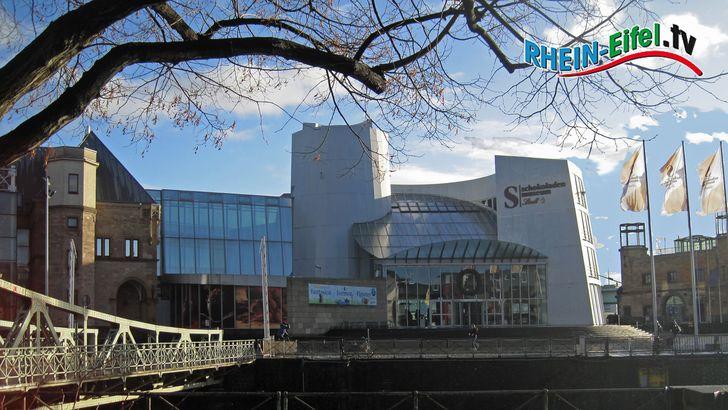 Das Gebäude des Kölner Schokoladenmuseums im Hafen der Kölner Südstadt.