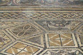Mosaik-Fußboden in der Villa Otrang