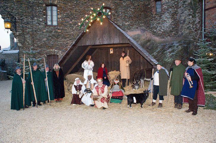 Burgweihnacht auf der Reichsburg Cochem als Krippenspiel mit Schauspielern © Foto Reichsburg Cochen