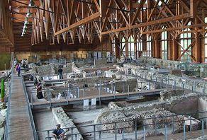 Museum Römervilla Ahrweiler – Ausstellungshalle mit den römischen Fundamenten