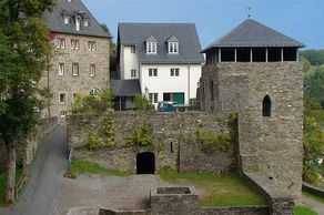 Burg Monschau – Blick in den Innenhof