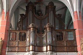 Schleiden – Schlosskirche – die Orgel von 1770 im Rokokogehäuse