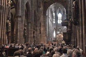 Freiburger Münster – Blick in den Innenraum