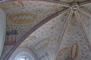 Bleialf – Gotische Kirche mit den ältesten bekannten Fresken nördlich der Alpen