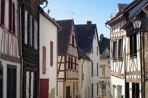 Münstermaifeld – Gasse im historischen Stadtkern