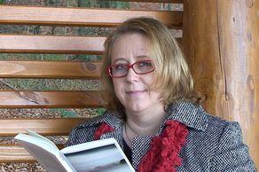 Elke Pistor bei der Lesung im Nationalpark Eifel an der Hirschley © Foto Norbert Conzen