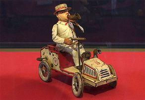 Auto - Blechspielzeug der Firma Lehmann von 1905