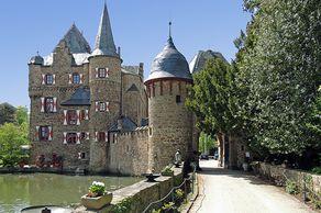 Burg Satzvey – Wasserburg im Rheinland
