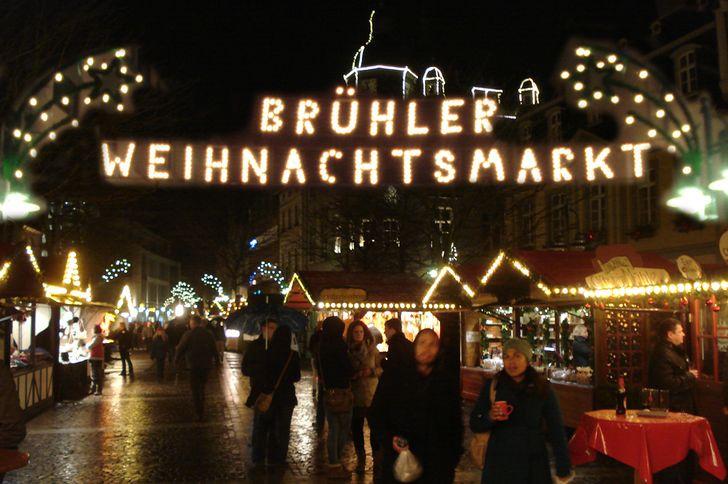 Weihnachtsmarkt Brühl auf dem Marktplatz in der Fußgängerzone