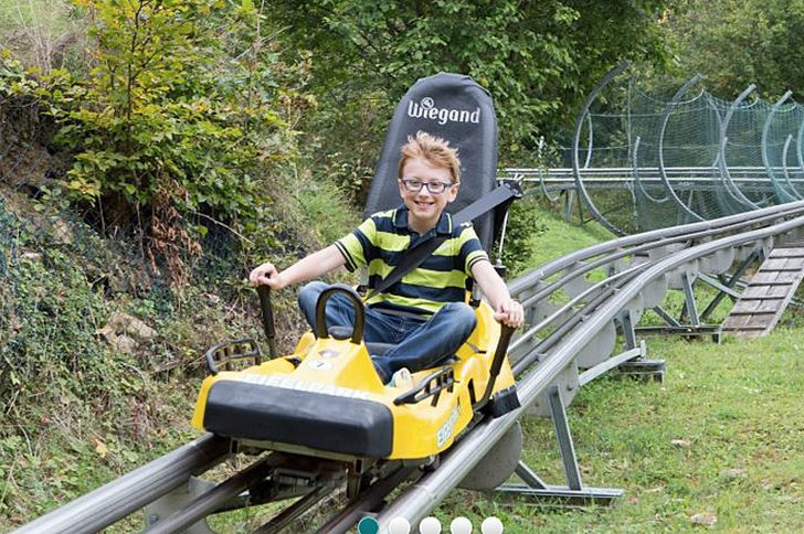 Sommerrodelbahn Eifel-Coaster im Freizeitpark Gondorf © Foto Freizeitpark Gondorf