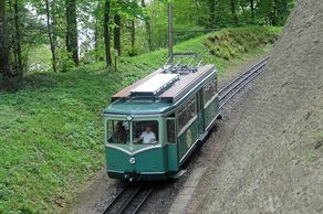 Drachenfelsbahn – Zahnradbahn am Drachenfels