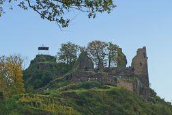 Altenahr – Ruine der Burg Are hoch über dem Ort