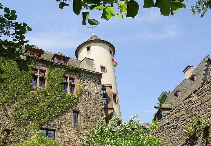 Burg Neuerburg – heute eine Jugendburg des Bund Neudeutschland