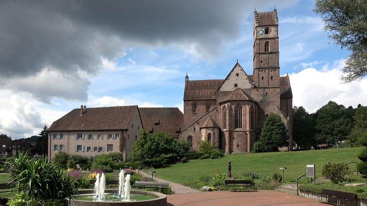 Alpirsbach – romanische Kirche und Klostergebäude