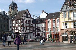 Euskirchen – der Alte Markt mit historischen Gebäuden
