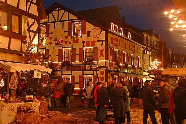 Weihnachtsmarkt Bad Hönningen © Foto Stadt und Tourist-Information Bad Hönningen