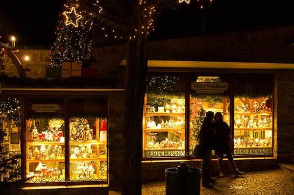 Weihnachtsmarkt der Nationen in Rüdesheim am Rhein © Foto www.weihnachtsmarkt-der-nationen.de